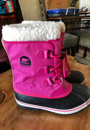 Sorel pink snow boots size 5 women like new waterproof for Sale in Central Houghton, WA