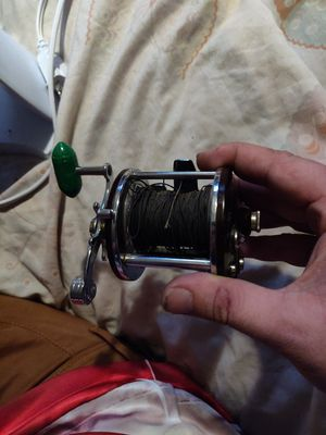 Penn peerless number 9 fishing reel for Sale in Tempe, AZ