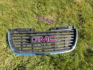 GMC Yukon Grille and emblem for Sale in East Aurora, NY