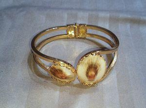 Women's bracelet for Sale in Lawrenceville, GA