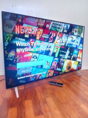 "43"" VIZIO LED SMART 4K ULTRA HDTV for Sale in Los Angeles, CA"