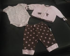 Vitamins Baby outfit for Sale in Scottsbluff, NE