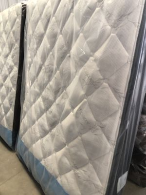 Sale Queen mattress and box spring bamboo free delivery 🚚 for Sale in Delano, CA