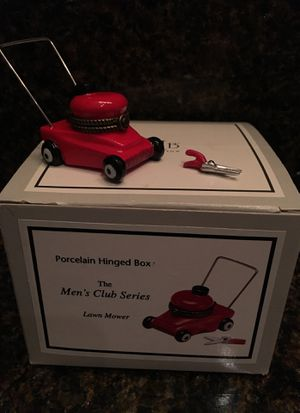 Little Porcelain Hinged Box PHB Lawn Mower The Men's Club Series for Sale in San Antonio, TX