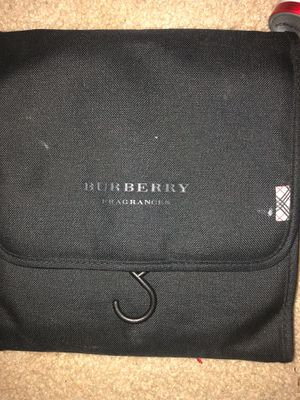 Burberry fragrance pouch for Sale in Red Oak, TX