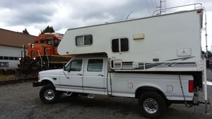 1997 ford f350 7.3 turbo powerstroke with 2001 alpenlight camper for Sale in Renton, WA