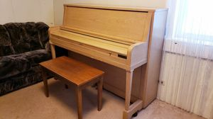 piano free for Sale in Lebanon, PA
