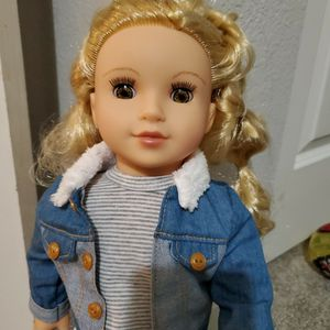 doll new for Sale in Hillsboro, OR