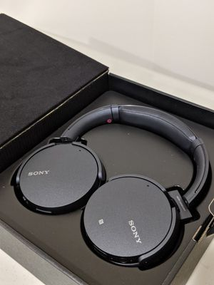 Sony XB950N1 Wireless Noise Cancelling Headphones for Sale in Leesburg, VA