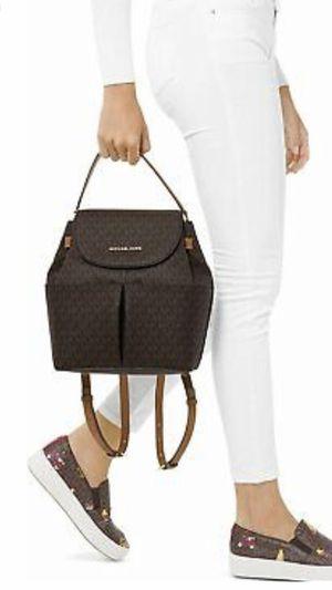 Backpack Michael Kors size large $250 for Sale in Scottsdale, AZ