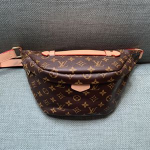 Fanny lv pack waist bag purse belt for Sale in San Diego, CA