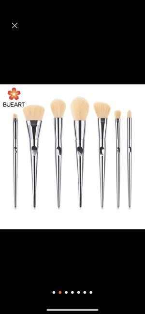 Bueart . Makeup brushes set for Sale in Denver, CO