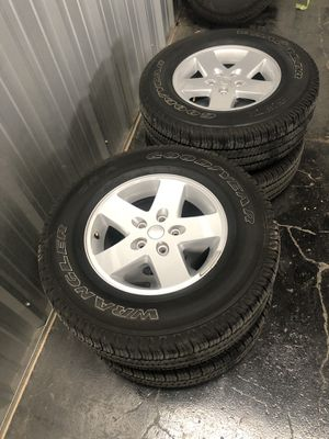 Jeep wheels and tires for Sale in New Braunfels, TX