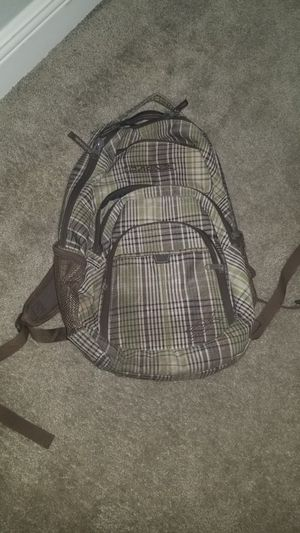 DAKINE Backpack Brown and Green for Sale in Tampa, FL