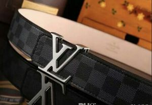 Louis Vuitton belt black for Sale in Beverly Hills, CA