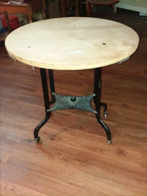 Rolling Table for Sale in Lynchburg, VA