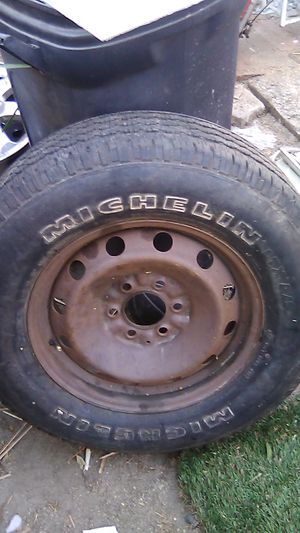MICHELIN LTX A/S P255/65R17 TIRE for Sale in Anaheim, CA