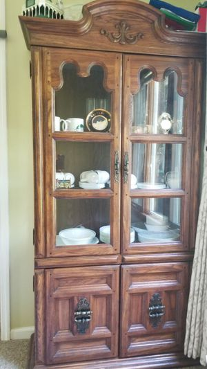China Cabinet for Sale in EASTAMPTN Township, NJ