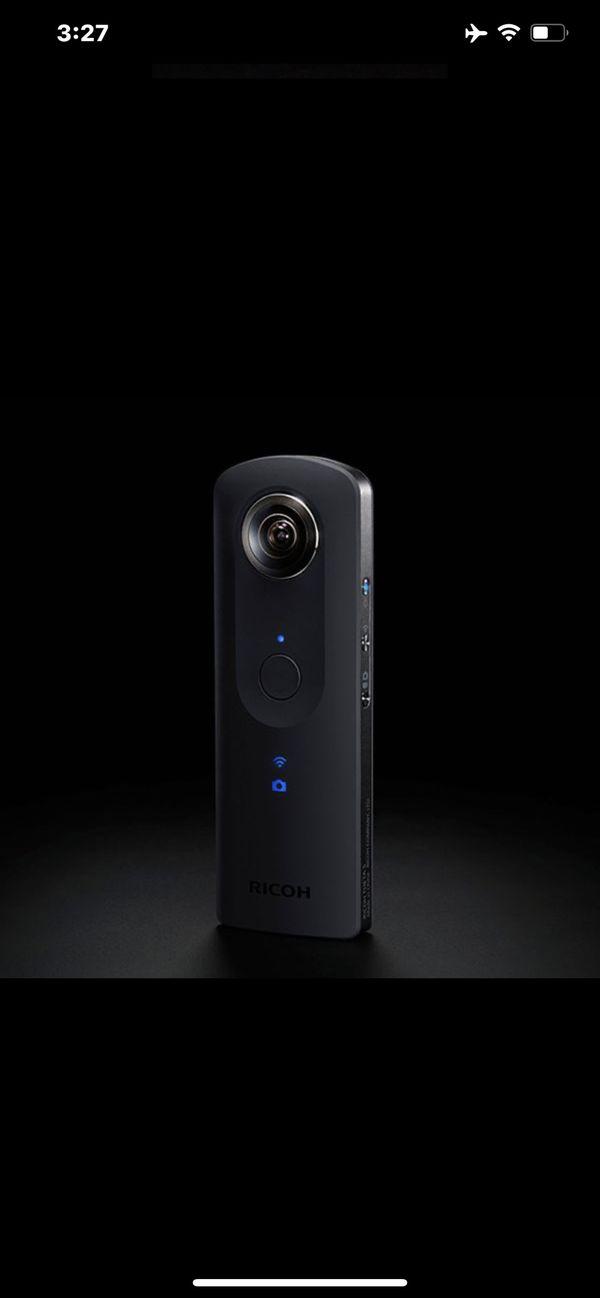Ricoh theta v / GoPro cam