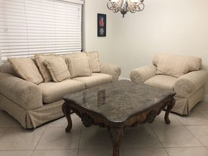 Couch and love seat for Sale in Hialeah, FL