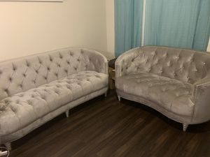 Modern Couch set - sofa / love seat for Sale in Dallas, TX
