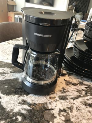 Black and Decker 5 cup Coffee Maker for Sale in Chicago, IL