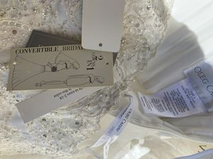 NWT Wedding Dress - Convertible - 2 gowns in 1 - Oleg Cassini - Size 4 - soft white for Sale in Los Angeles, CA