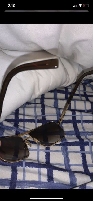 Louis Vuitton Sunglasses for Sale in Silver Spring, MD