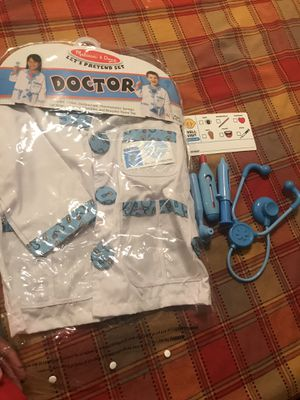 Melissa and doug doctor costume for Sale in Riverside, CA