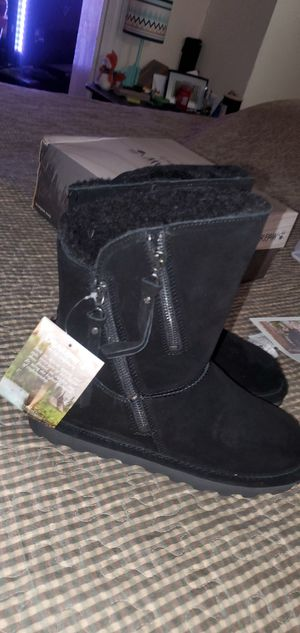 Brand new Bearpaw boots Size 9 Brand new everwet Technology for Sale in Altoona, PA