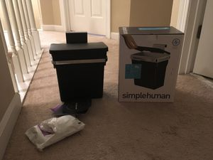 simplehuman 10 Liter/2.6 Gallon In-Cabinet Kitchen Trash can for Sale in Virginia Beach, VA