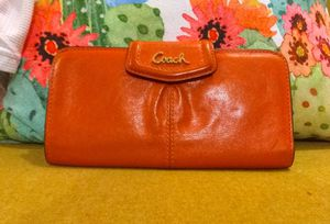 Coach genuine leather Orange Wallet!! L@@K for Sale in Portland, OR