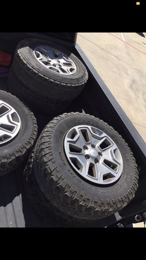 Jeep wheels and tires for Sale in Houston, TX