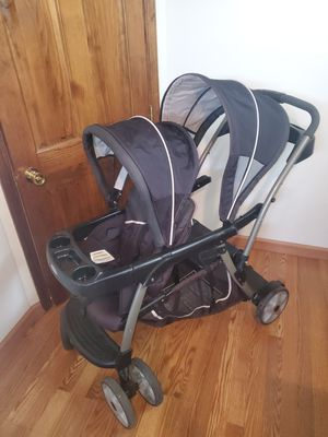 Graco Double Stroller for Sale in North Tonawanda, NY