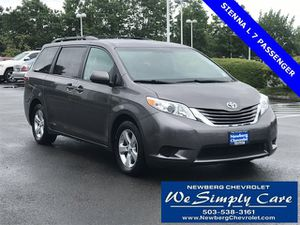 2016 Toyota Sienna for Sale in Newberg, OR