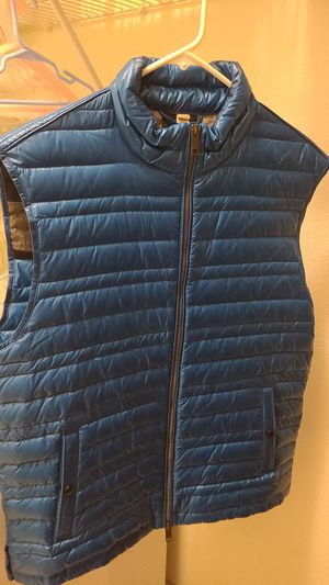 Blue burberry vest for Sale in Tacoma, WA