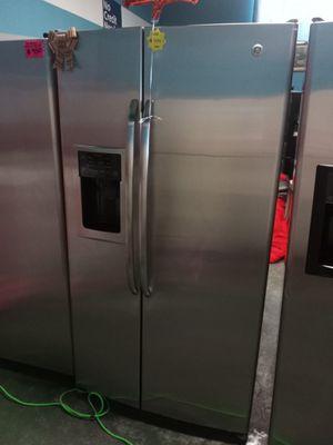 Refrigerator for Sale in Compton, CA
