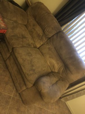 Free couches for Sale in Fontana, CA