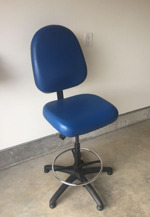 Standing desk chair for Sale in Mountain View, CA