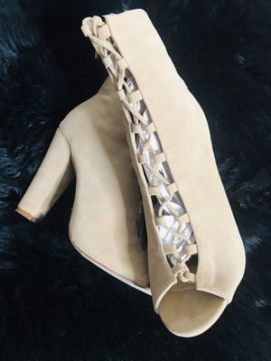 Lace Up Beige Suede Heels Size 8 for Sale in Hesperia, CA