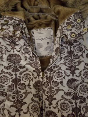 Warm nice vest jacket with hoodie for Sale in Kissimmee, FL