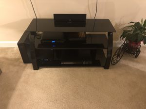 Tv stand great condition for Sale in Alexandria, VA