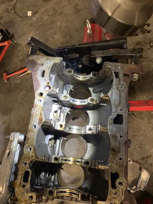 Audi Volkswagen 2.0 engine parts block, head, camshafts, valve covers let negotiate the prices for Sale in Sandy Springs, GA