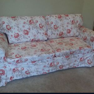 Loveseat Couch with Hideaway Bed for Sale in Vancouver, WA