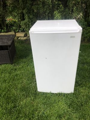 Kenmore compact refrigerator with small freezer for Sale in Queens, NY