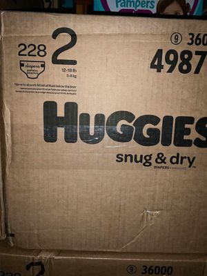 Huggies diapers snug dry size 2 for Sale in Downey, CA