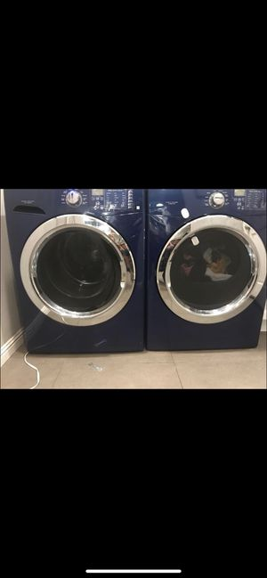 Frigidaire Washer & Dryer for Sale in Long Beach, CA