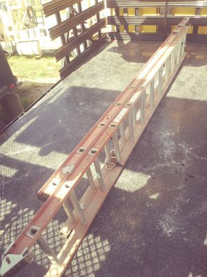 Extension ladder great condition for Sale in Columbia, SC