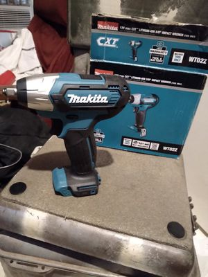 """Makita 3/8"""" impact wrench for Sale in Greenville, SC"""