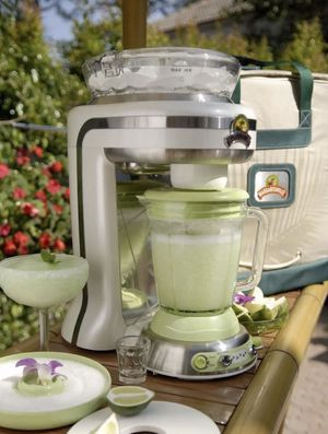 Margaritaville Key West Frozen Drink Concoction Maker for Sale in Whittier, CA